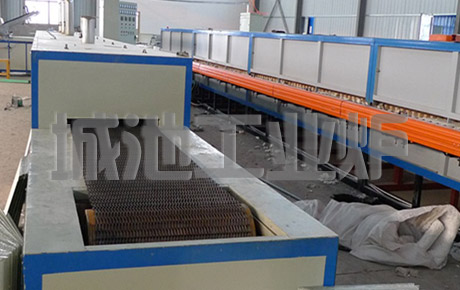 Continuous hot air drying furnace
